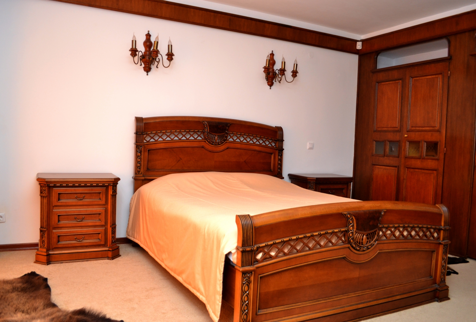 Single Room in Hunting Hotel